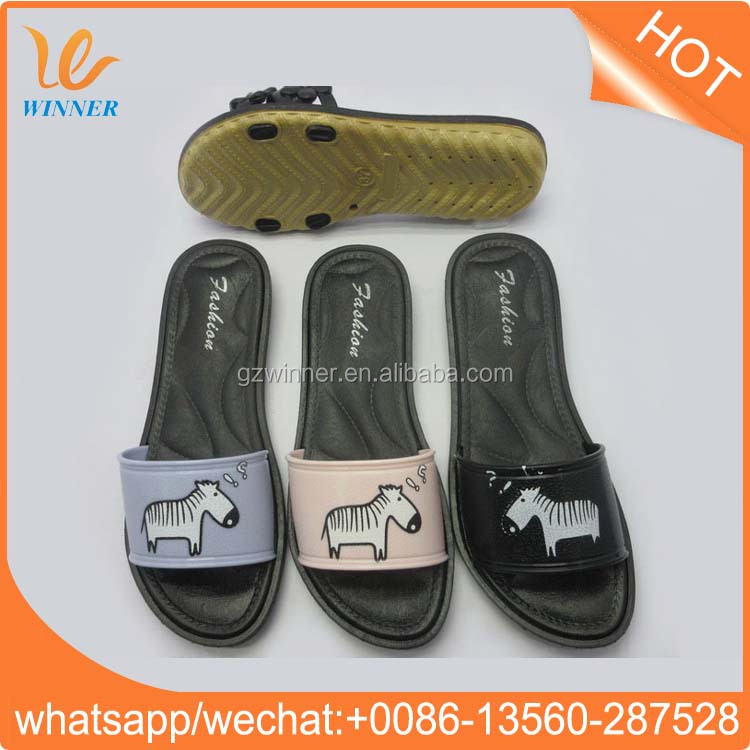 Nice design summer custom logo beach rubber with transparent strap slipper w814