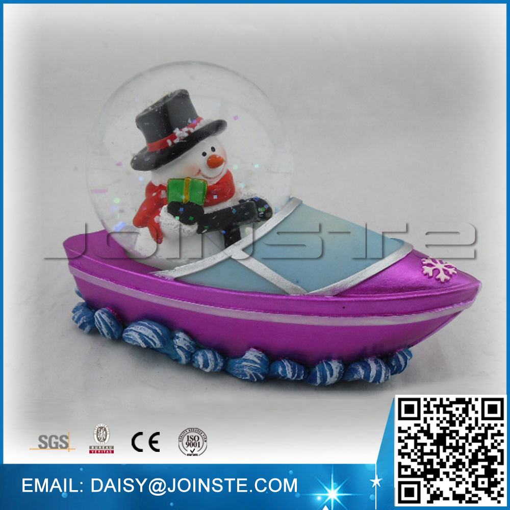 Snowman driving boat shaped 65mm water ball