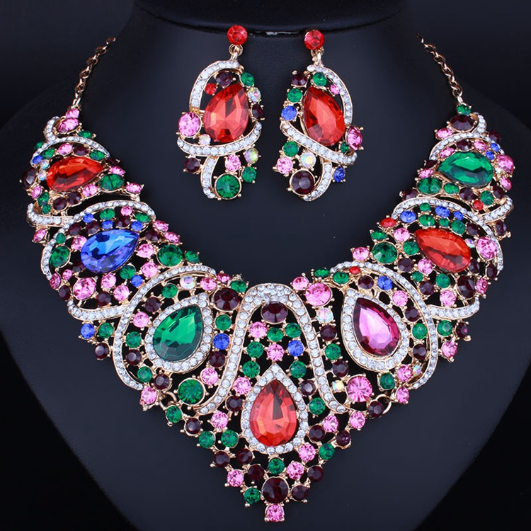 New products in china fashion luxury set <strong>jewelry</strong> for woman wholesale price