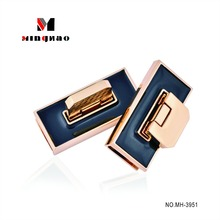 New products light gold twist lock hardware with good price