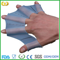 2016 hot sale good quality diving equipment silicone swimming paddle gloves hand webbed 5 finger swimming glove