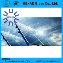 Hexad tempered glass for solar panels with high light transmittance