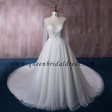 Long Sleeves Bridal dresses The top of bodice Crystal Beadeds Wedding Dress