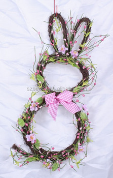 Rabbit Shaped Decoration Mesh Wreath