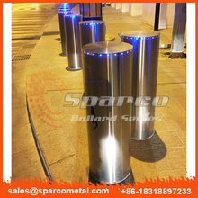 aluminum and stainless steel bollard manufacturers