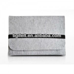 2013 New Products Customize Wool Felt Flip Cover for Tablet PC