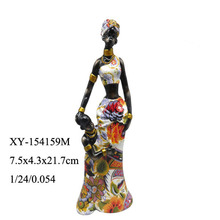 wholesale hand caved resin black woman figurine with baby