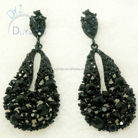 latest fashion dangling earrings in antique style