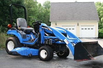 New Holland TZ24DA 24HP Diesel 4X4