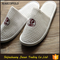embroidery logo coral hotel equipment slipper from China