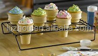 NEW Ice Cream Cone Cupcake Baking Rack Holder Stand Cupcakes Cake Pan Carrier