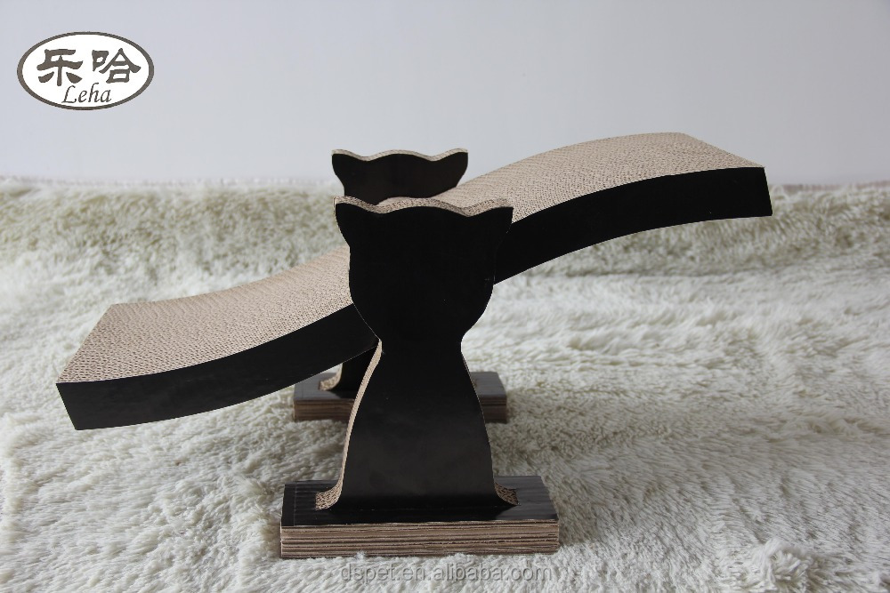 Hot selling seesaw Corrugated Cat Scratcher Lounge pet toy with catnip