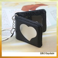 Spot Wholesale Leather Love Heart Frame Alloy Key chain MC2056