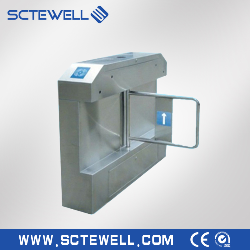 Swing turnstile barrier gate for entrance and exit