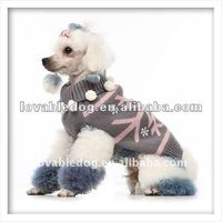 dog clothes White snow princess sweater pet accessory