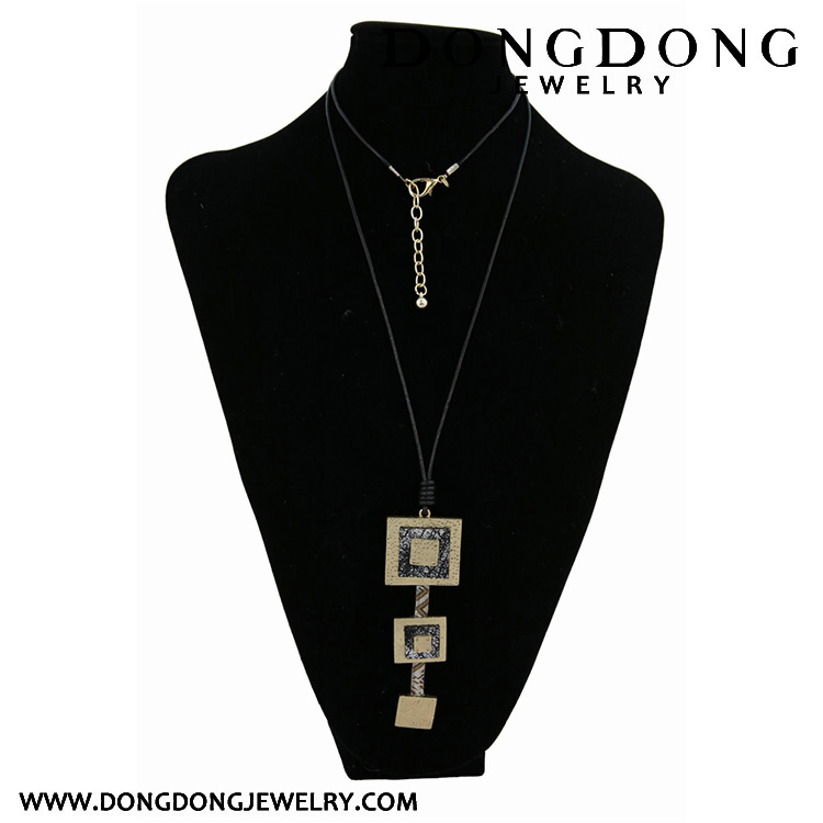 CL043 3 pieces square shape alloy pendant leather rope necklace fashion jewelry