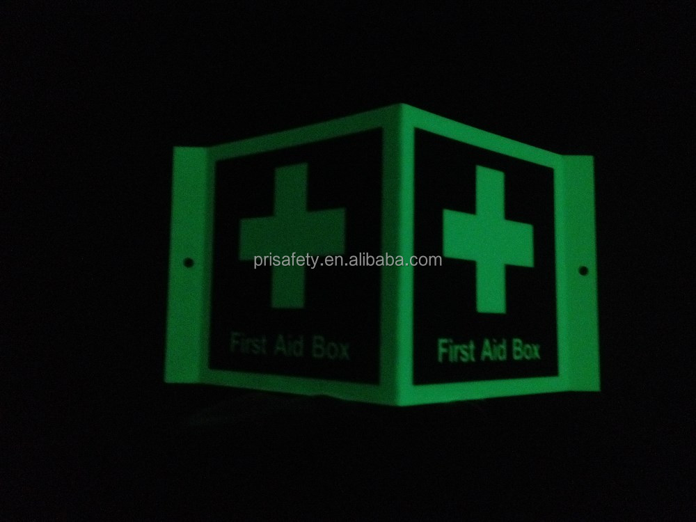 First aid equipment destination board safety signs