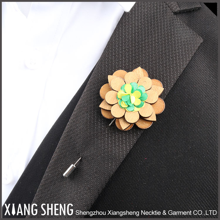 Fashion Mens High Quality Wooden Lapel Pins