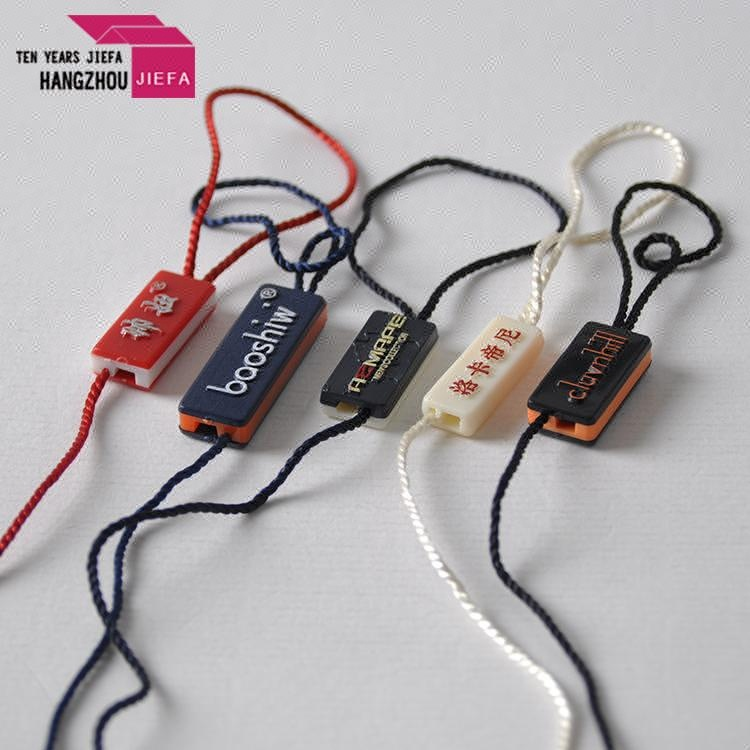China supplier fashionable custom plastic hang tag