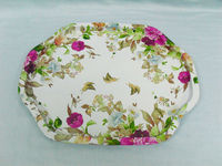 Flower shaped serving tin tray