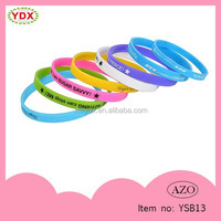 Customized Logo Friendship Thin Silicone Bracelets with Sayings for Promotion