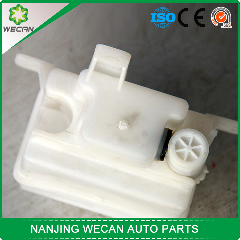 Wholesale price auto parts radiator chinese car and van Chevrolet GP50 expansion tank