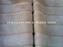 Transverse cutting strips fake fur