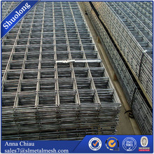 Wholesale black welded wire fence mesh panel for Chicken cage