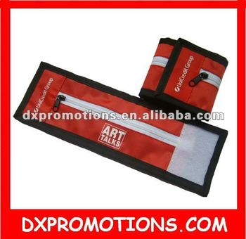 zipped sports bag on bracelet for promotional/wrist bag