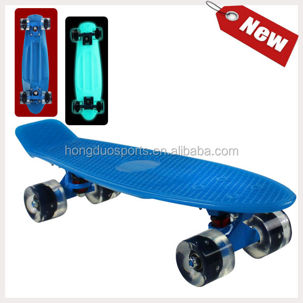 best price outdoor sport skateboard with light