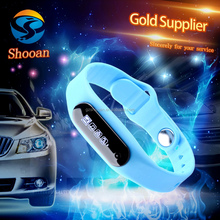 competitive price E06 bluetooth android ios smart wrist bracelet,silicone sport wrist bracelet watch