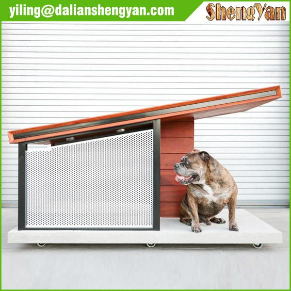 Well-ventilated handmade dog kennel