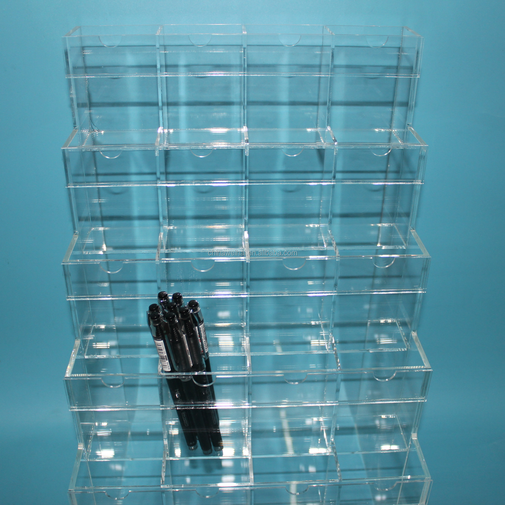 clear custom design acrylic lipgloss display stand