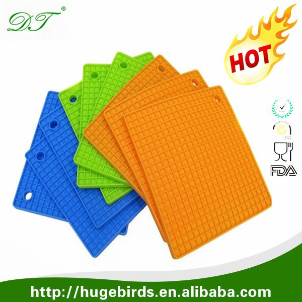 New Products 2016 in kitchen silicone Heat-resistant Mats