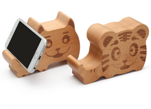Cute Audio Output Mobile Phone Holder Wood Animal Bluetooth Speaker