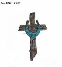 Hot Sale Xiamen Wood Crafts Polyresin Wall Religious Crosses
