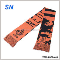 Wlolesale sports scarf promote knitted custom jacquard fan scarf