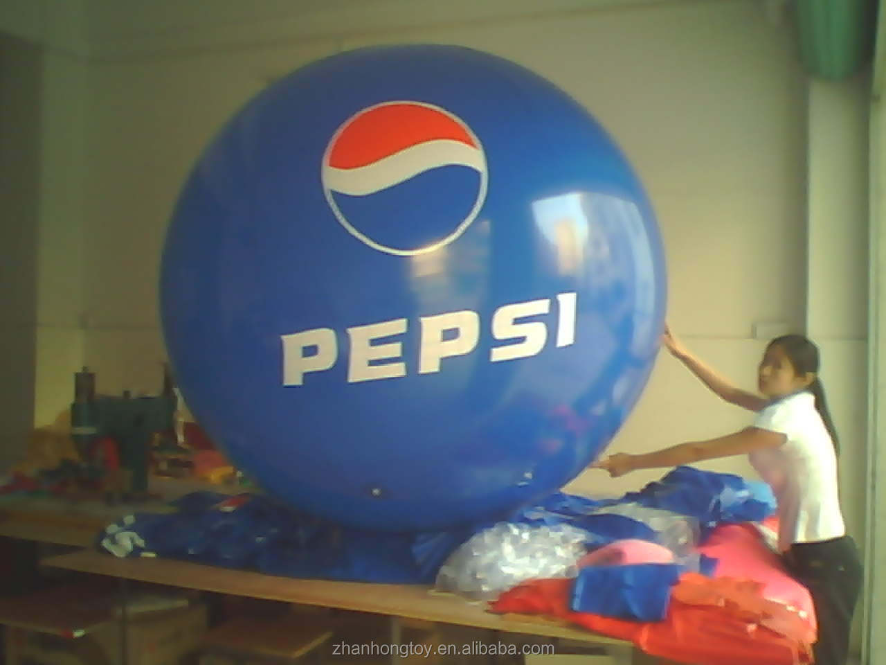 2m giant pvc advertising balloon for promotion decoration