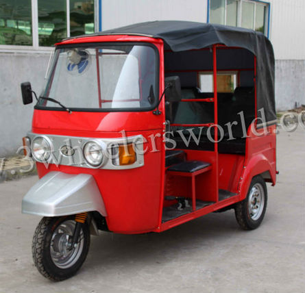 Indian bajaj style tuk tuk for sale /4 stroke engine 200cc bajaj passenger tricycle/CNG auto rickshaw