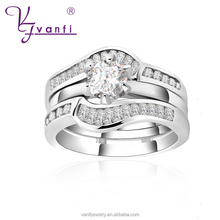 The latest fashion charming platinum plated couple engagement wedding rings