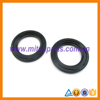 T/F Input Gear Shaft Oil Seal For Mitsubishi L200 K74T KB4T V75 V98 KH8W KH9W MR145502