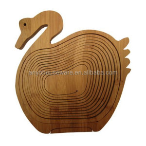 Handmade Swan Shape Bamboo Collapsible Fruit Serving Basket