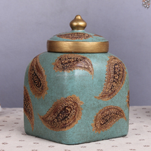 Antique Luxury Resin Ceramic Storage Jar With Gold Lids Blue Tea Sugar Coffee Ceramic Storage Jar With Spoon Home Decor Pieces