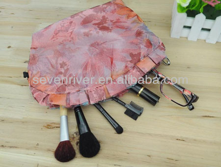 Lace high quality cosmetic bag/ makeup bags for ladies