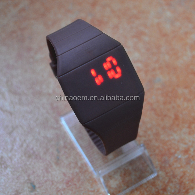 Girls / Boys digital LED Watch Ultra-thin Design jelly Woman Unisex Students Electronic Silicone Strap men wristwatch