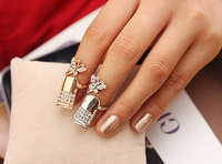 Latest Fashion Europe Butterfly gold ring designs Inlaid diamond finger nail ring