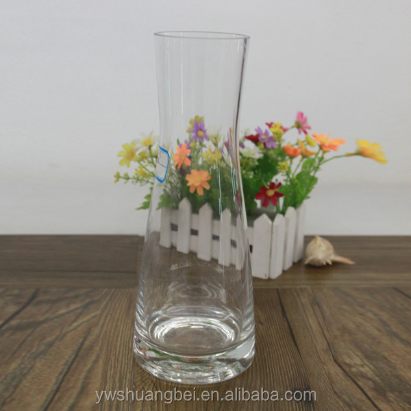 Narrow neck Clear Glass & Crystal Vases