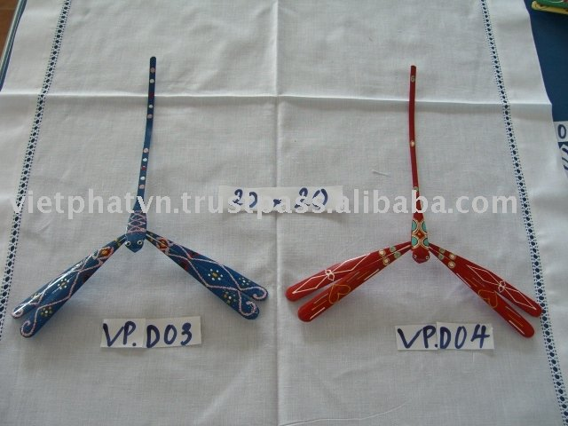 Bamboo balancing dragonfly painted by hand VP.D03-VP.D04