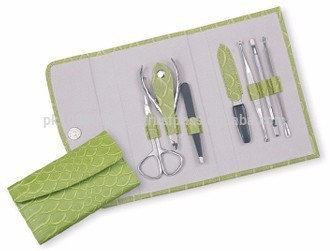 Manicure Pedicure Kit Parrot Green Color