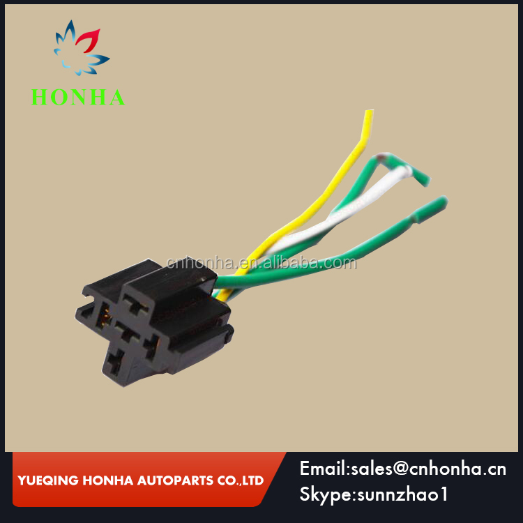 4 pin relay 12V 40A with high quality auto relay socket fit car horn for passat b6 for audi a4 b6 for golf 5